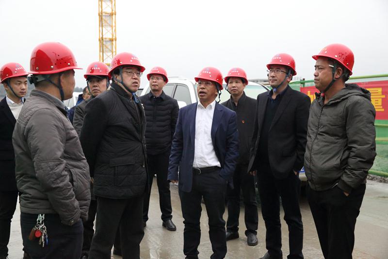 2-1中建五局总经理助理曾贵阳率队来我司考察调研.JPG
